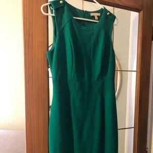 Reposh Banana Republic emerald green size 4 dress